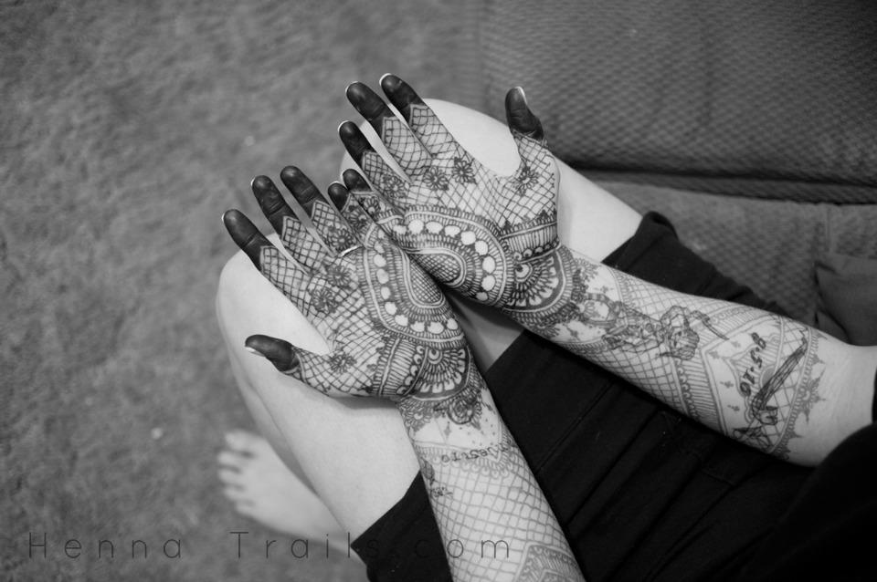 Mehndi Flower Valley : Mehndi u henna trails