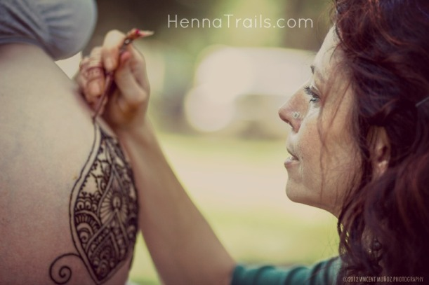 We met in Bidwell Park Chico California for her 2nd prenatal belly henna session. A wandering photographer asked if we would mind being his subject matter.