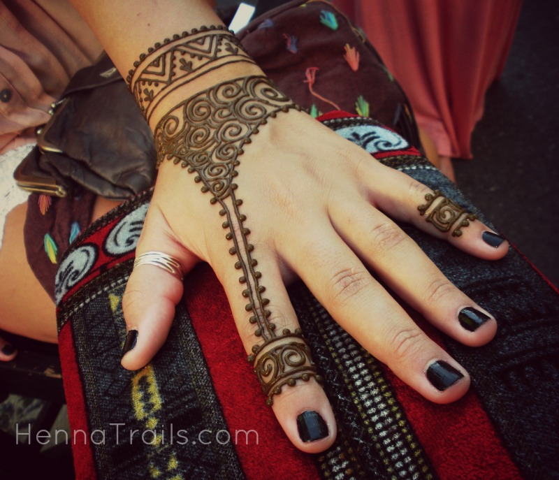 Modern tribal street henna in Chico, California. SUmmer 2013